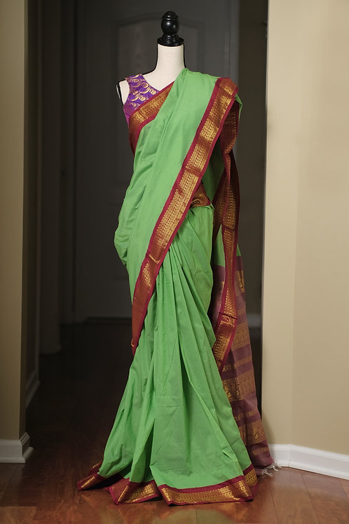 Semi Cotton Gadwal Saree in Light Green and Dark Red