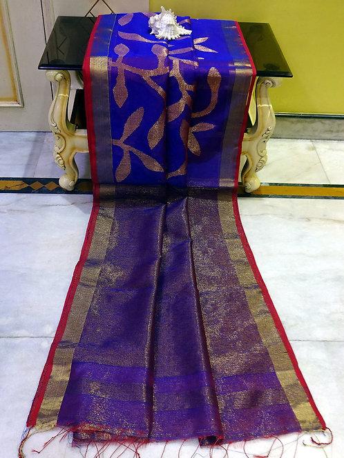 Muslin Jamdani Saree in Purple, Red and Antique Gold