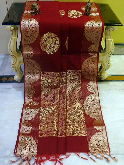 Blended Cotton Kanjivaram Saree with Starch in Maroon and Gold