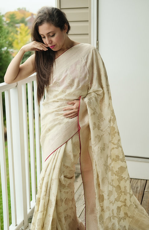 Semi Crepe Silk Banarasi Saree in Off White and Gold