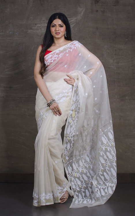 Muslin Jamdani Saree in Off White and Gold