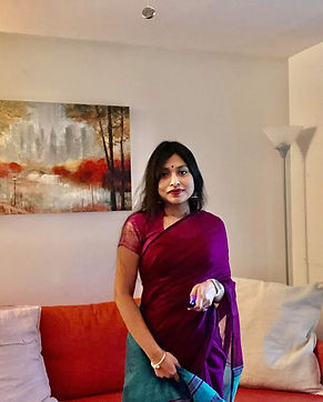 Naima from Maryland looking absolutely gorgeous in her Soft Cotton Saree in Purple and Rama Green
