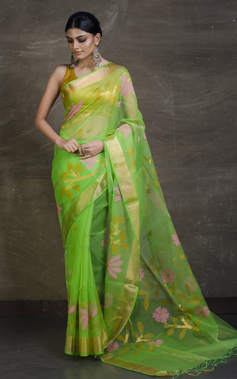 Muslin Jamdani Saree in Parrot Green and Gold