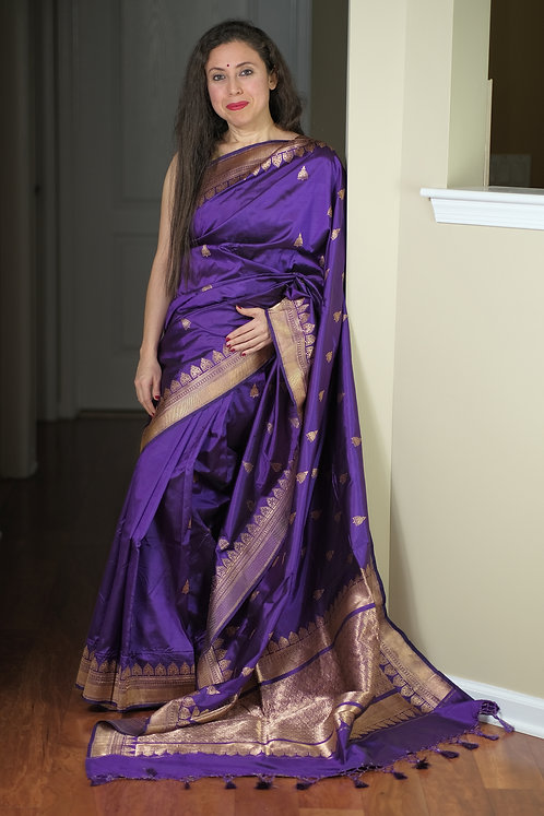 Pure Banarasi Katan Silk Saree in Purple and Antique Gold