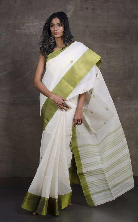 Bengal Handloom Cotton Saree with Starch in Off White and Green