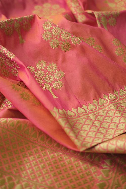 Banarasi Silk Stole in Peach and Gold