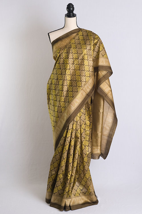 Art Silk Saree in Green