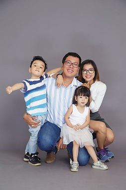 An Asian-American family is happy after receiving IDEA and 504 disability evaluations for dyslexia, ADHD, Tic Disorders, Selective Mutism, Anxiety Disorders, Depression, and Intellectual disabilities from Simply Psychology in Phoenix, Arizona.
