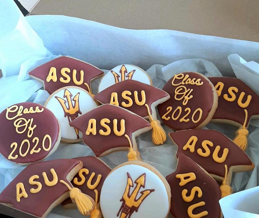 cookie brokers custom decorated cookies.