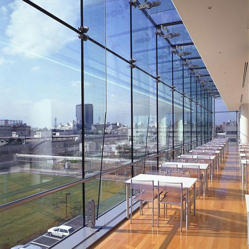 energy saving glass02.jpg
