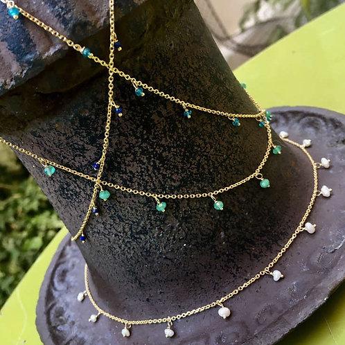 Collier chaîne micro pierres fines