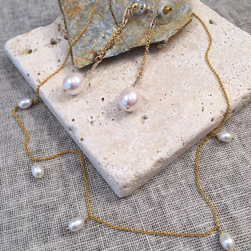 Parure avec collier perle d'eau douce et pendant d'oreille