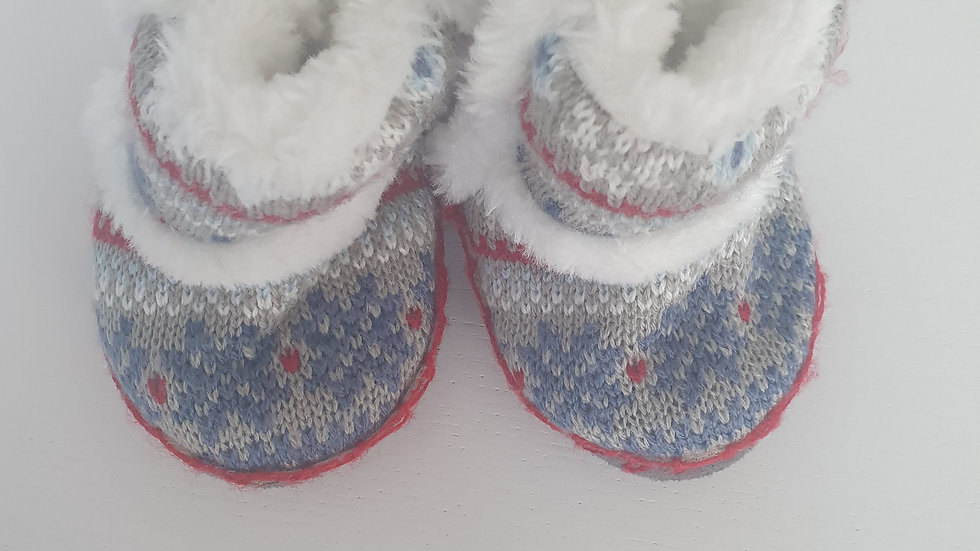 0-3 Month Primark Christmas slippers (Pre-loved)