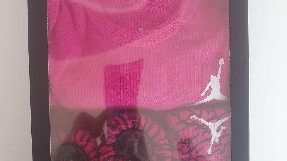 0-6 Month Air Jordan Box Set Vest, Hat & socks Set (new)