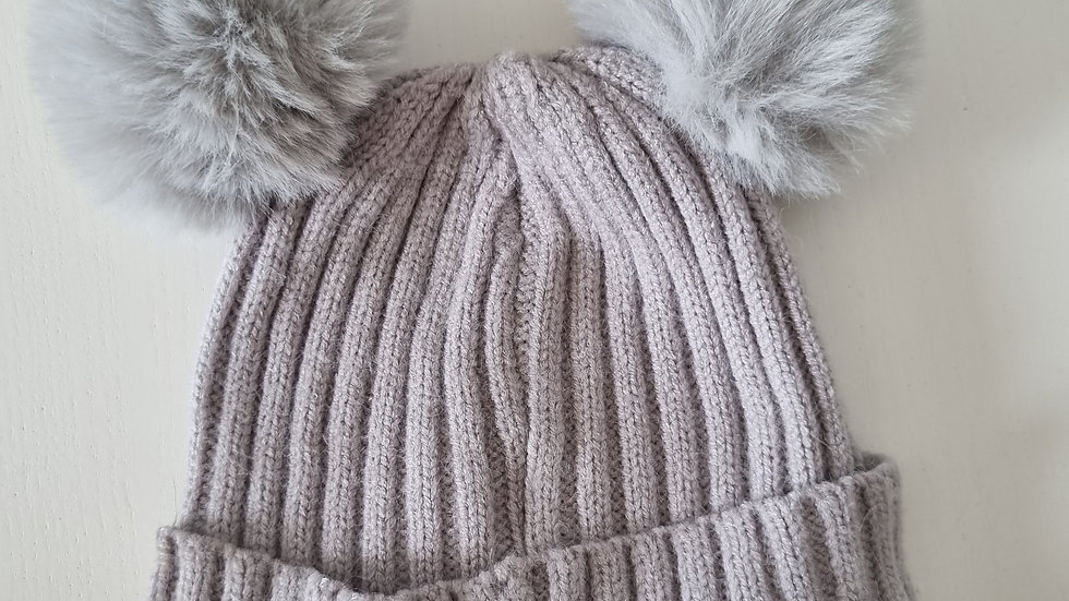 0-6 Month  Hat with 2 Pompoms ( Pre-loved)