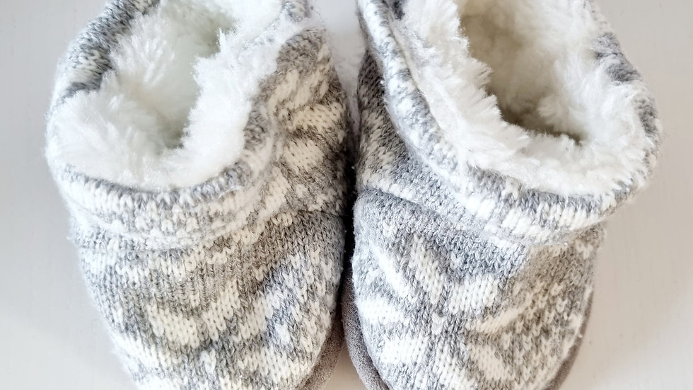 3-6  Month  Mothercare  Slippers (Pre-loved)