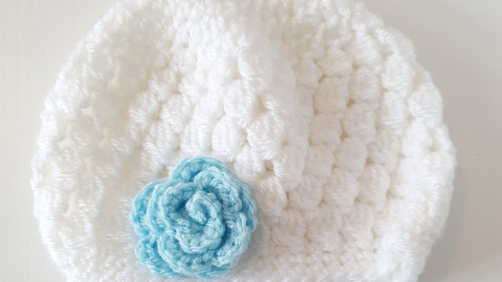 0-3  Month  Knitted  Hat ( Pre-loved)