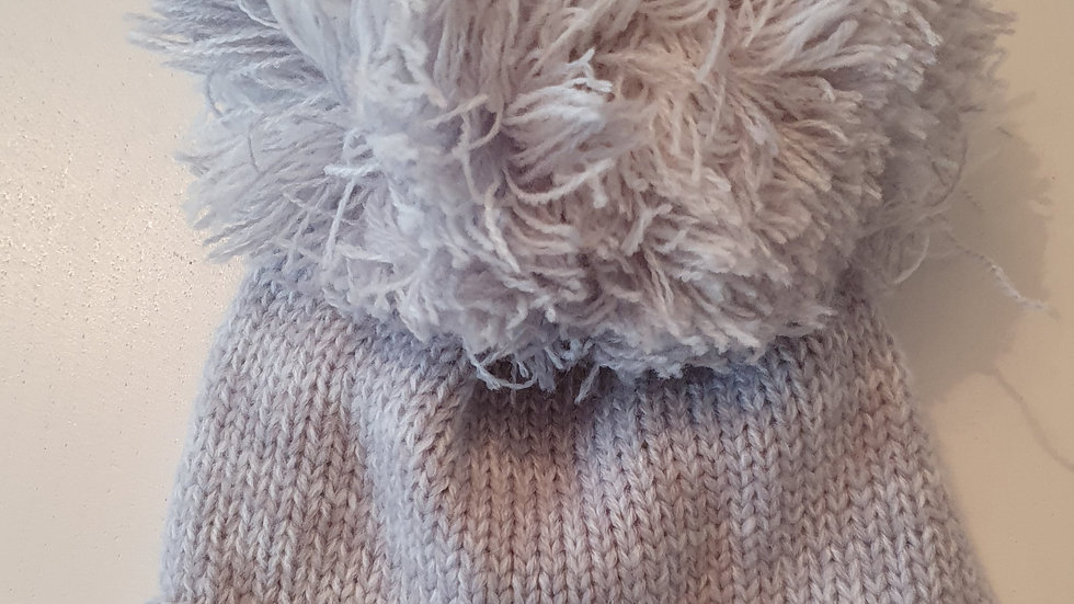 0-12 Month Soft touch Hat with Pompom( Pre-loved)