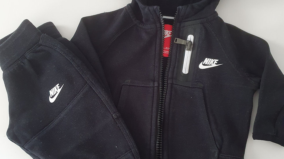3-6 Month Nike Tracksuit (Pre-loved)