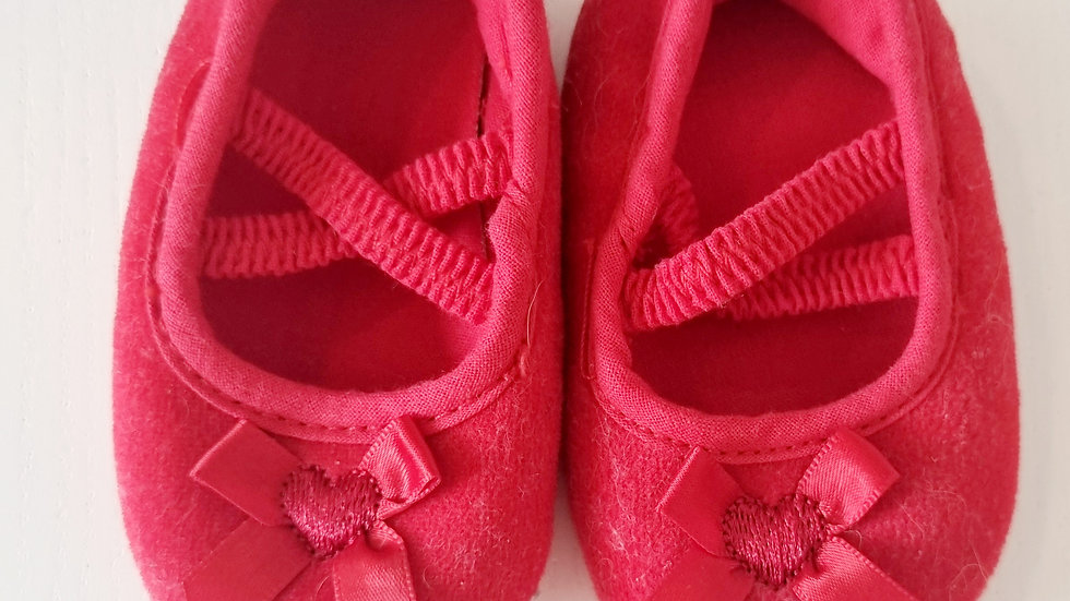 0-3 Month Red Shoes (Pre-loved)