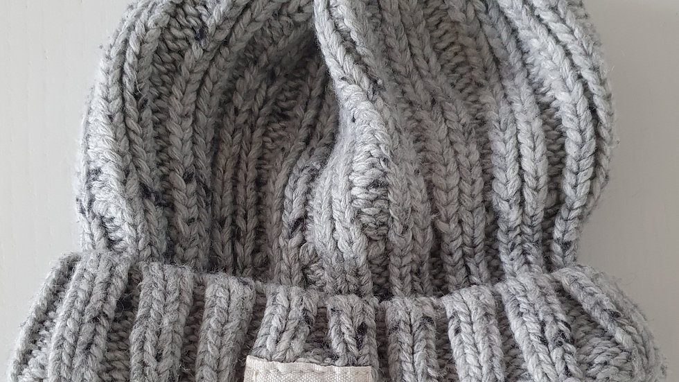 0-6  Month Hat ( Pre-loved)