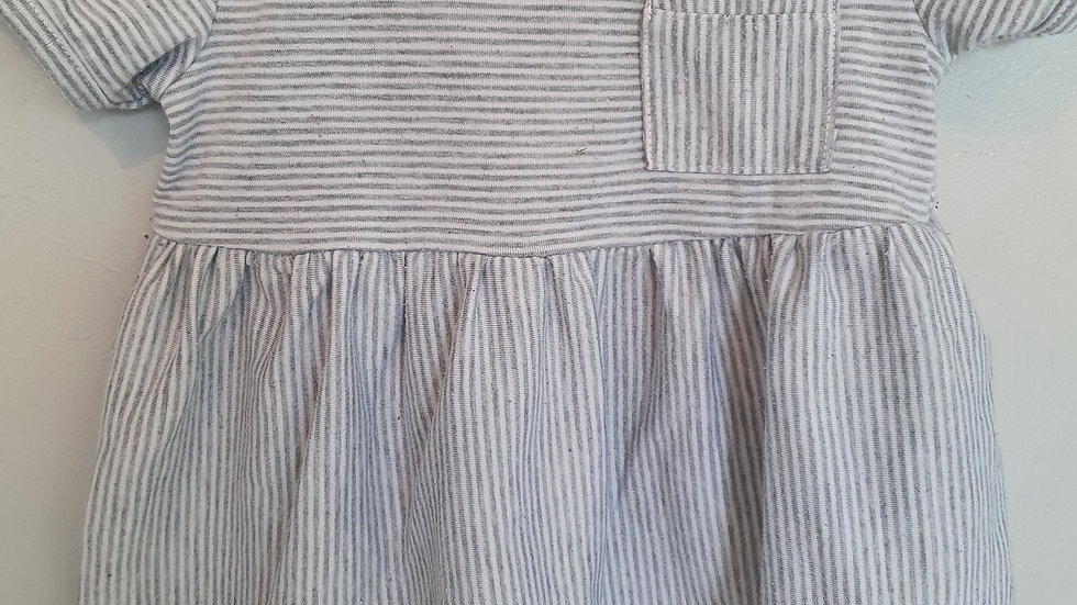 12 Month ( True fit 6-9) Miniclasiso dress (Pre-loved)
