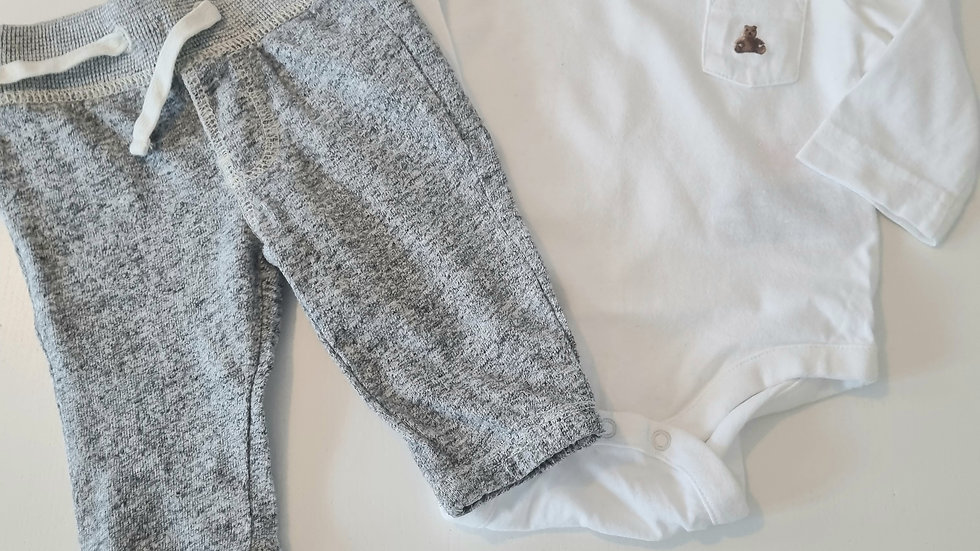 0-3m Gap Outfit (Preloved)