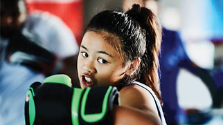 Boxing Girl.png