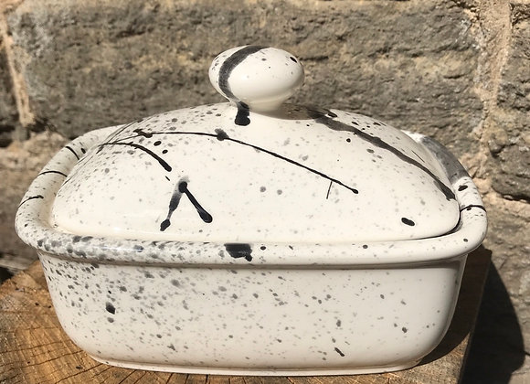Graffiti black curvy butter dish