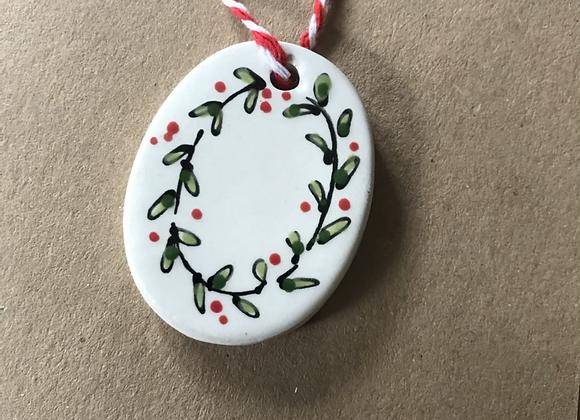 Ceramic Tag Greetings Card with Christmas Garland x 3