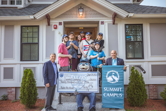 Summit Campus receives generous donation from Worcester Railers HC Foundation