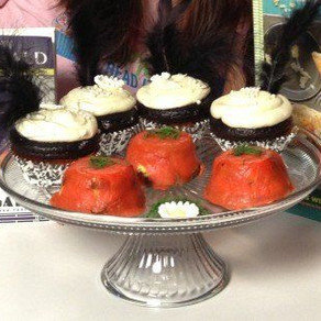 'The Great Gatsby' Cupcakes, Meal With Guest Hollis Wilder as seen on Huffington Post