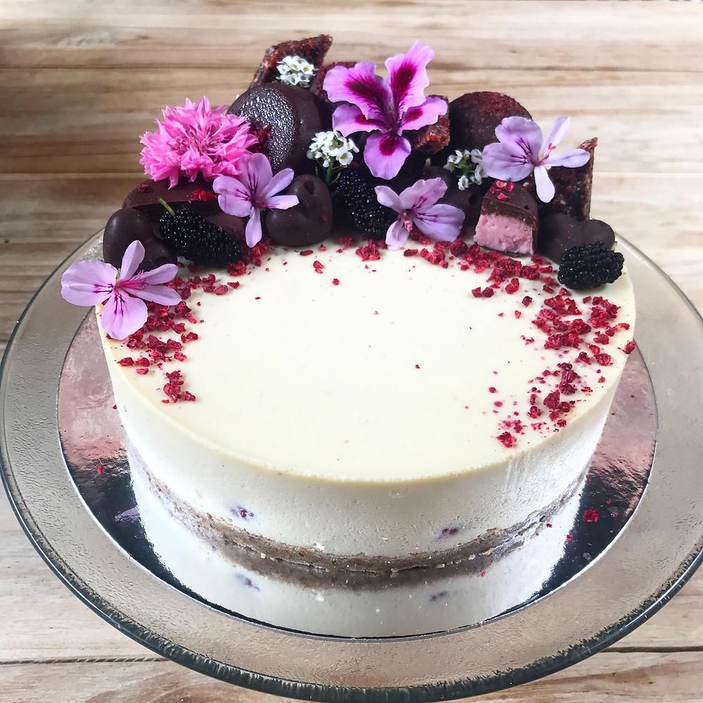 gluen free cake, dairy free cake, blessingway, baby shower, event planner