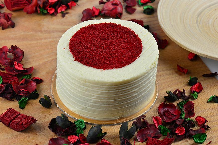 red-velvet-cake-3960016.jpg