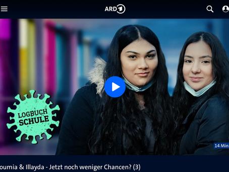 Im hr-fernsehen: Soumia und Illayda sprechen über Homeschooling, soziale Distanz und Bildungschancen