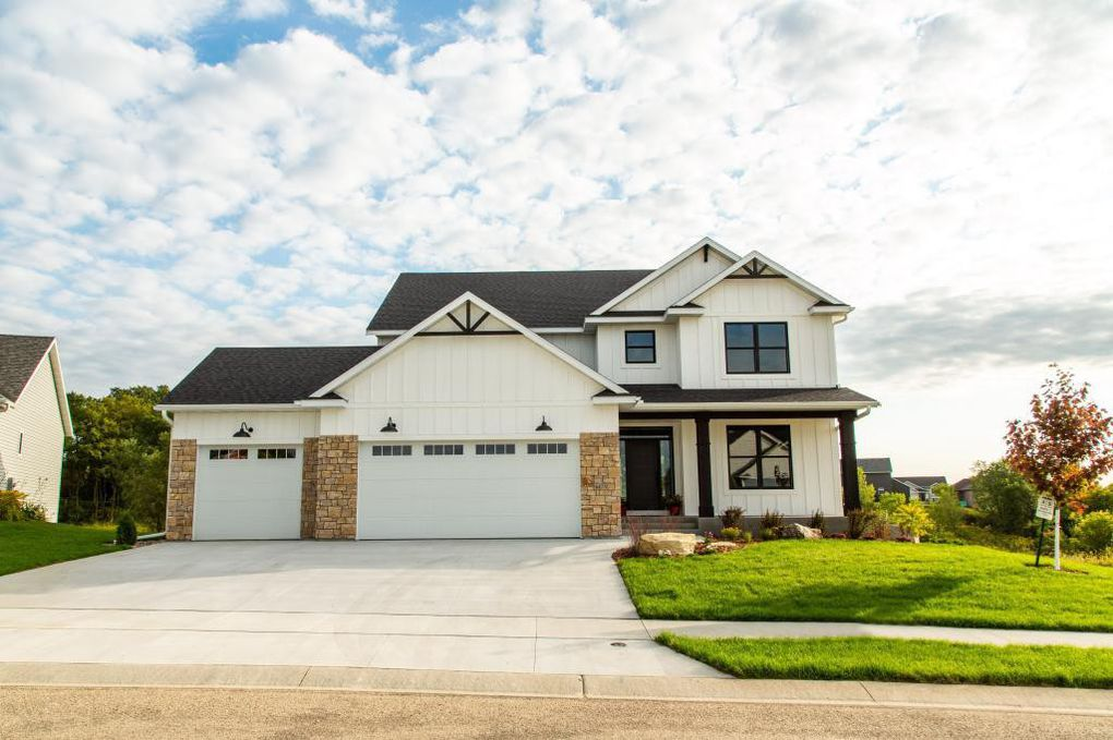 6473 Summit Pine Ln NW, Rochester MN