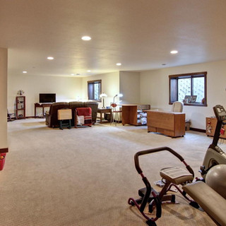 13_-_Lower_Living_Room-2.jpg