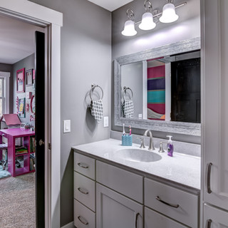 16 - Bathroom-6-Edit.jpg