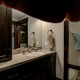 16 - Bathroom-5.jpg