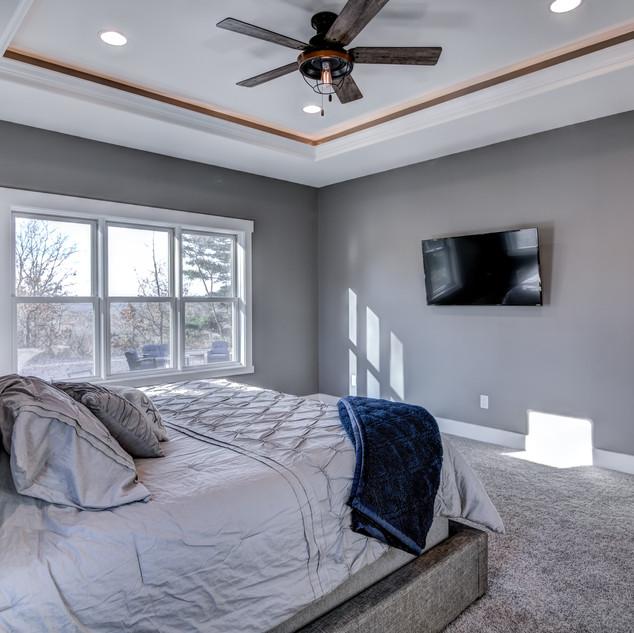 06 - Master Bedroom-5.jpg