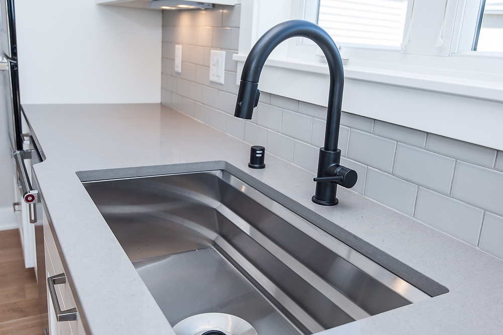 Maplewood Homes Includes Every Detail Right Down To The Kitchen Sink!