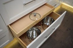 Deep Pot Drawer with Lid Rollout
