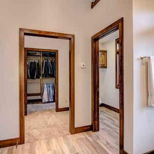 07 - Master Bathroom-4.jpg