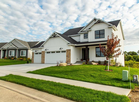 "Fall Model Home Inventory... ""PRICED RIGHT"" at Maplewood Custom Homes Rochester MN"