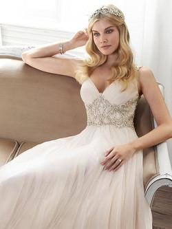 Maggie-Sottero-Wedding-Dress-Phyllis-5MR054-front