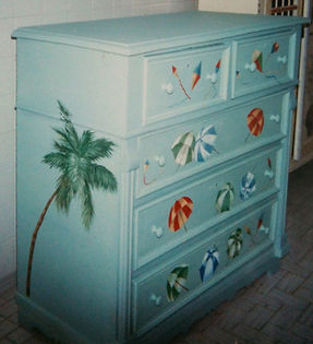 Geribapaintings - Odile Dardenne - Odile Tardieux - Hand Painted furniture - Donne Mobile -