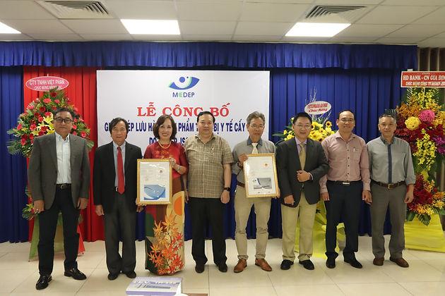 MEDEP JSC tự hào công bố Giấy chứng nhận Lưu hành Sản phẩm Thủy tinh thể nhân tạo và Chỉ khâu phẫu thuật Made-in-Vietnam do MEDEP sản xuất.