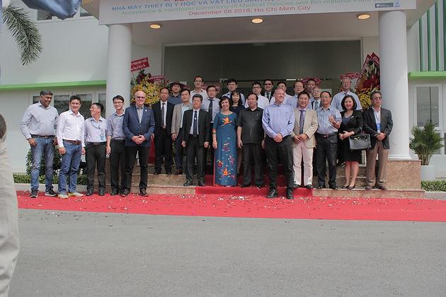 Lễ nghiệm thu và đưa nhà máy sản xuất Thủy tinh thể nhân tạo đầu tiên của Việt Nam chính thức hoạt động