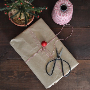 8 Eco-Friendly Gift Wrapping Ideas