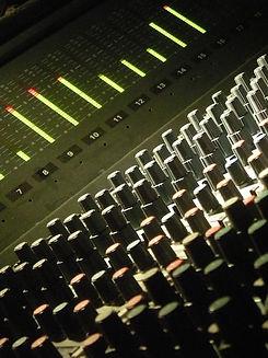 The Wave Lab Recording Studio Williamsburg Brooklyn nyc new york city  music sound recording mixing amek neve media 51